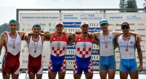 Podelitev medalj v dvojnem dvojcu